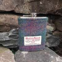 8oz Hip Flask with Heather Check Harris Tweed Sleeve thumbnail