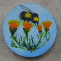 Bee and Marigolds Round Brooch thumbnail