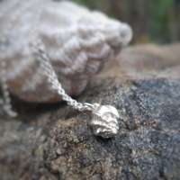 Winkle Shell Necklace thumbnail