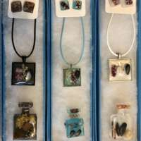 White Beach Jewellery Set thumbnail