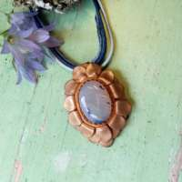 Bronze and Agate Oval Flower Pendant thumbnail
