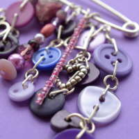 Purple Heart Cluster Charm Kilt Pin Brooch thumbnail