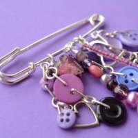 Purple Heart Cluster Charm Kilt Pin Brooch thumbnail