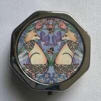Celtic Fraser Foxes Pill Box thumbnail