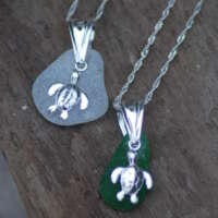 Sterling Silver Clear Sea Glass Turtle Charm Necklace thumbnail