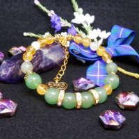Green Aventurine Memory Wire Bracelet thumbnail