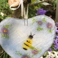 Fused Glass Heart with Bumble Bee thumbnail