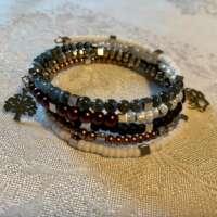 Wolf Memory Wire Bracelet thumbnail