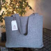 Dogtooth Check Large Shoulder Bag thumbnail