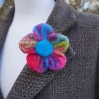 Cheery Blossom Brooch thumbnail