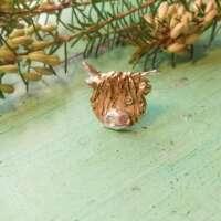 Golden Highland Cow Head Pin thumbnail