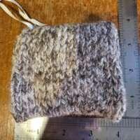 Small Homespun Knitted Purse thumbnail