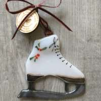 Ice Skate Glass Decoration thumbnail