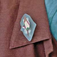 Sea Glass Brooch thumbnail