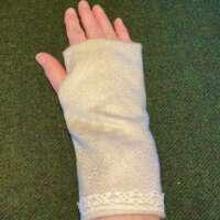 Cashmere Fingerless Gloves - Oyster Grey thumbnail