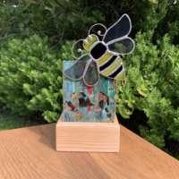 Honey Bee Tealight thumbnail