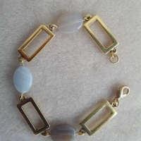Agate and Gold Tone Bracelet thumbnail