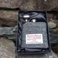 6oz Hip Flask with Black and Grey Herringbone Harris Tweed Sleeve thumbnail