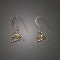 Celtic Knot with Peridot Earrings thumbnail