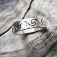 Wave Ring thumbnail